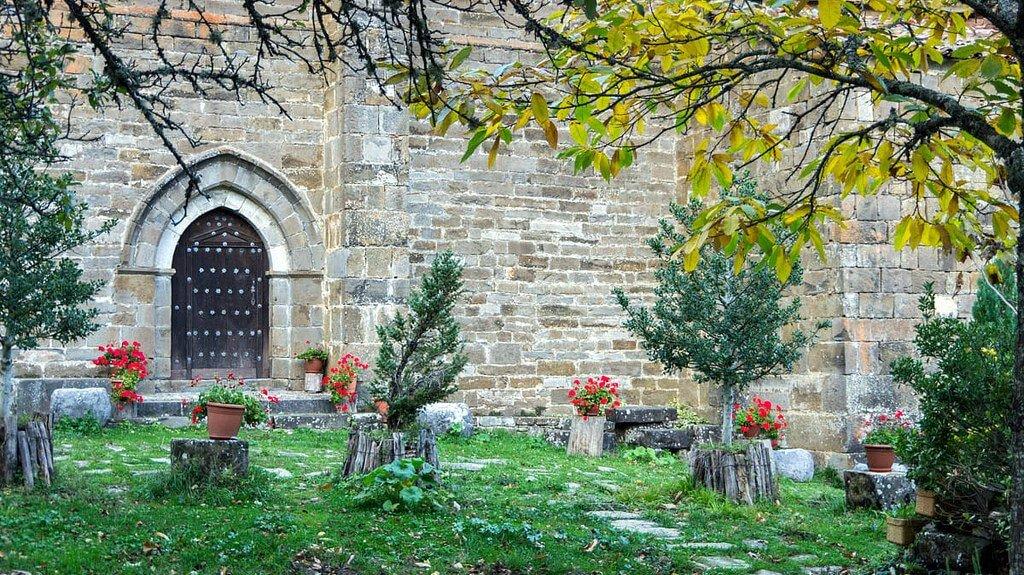Ermita de la Virgen de Idoia, Isaba :: Descubre Navarra, Turismo en Navarra