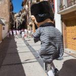 Comparsa de Gigantes y Cabezudos las Fiestas de Estella :: Descubre Navarra, Disfruta Navarra