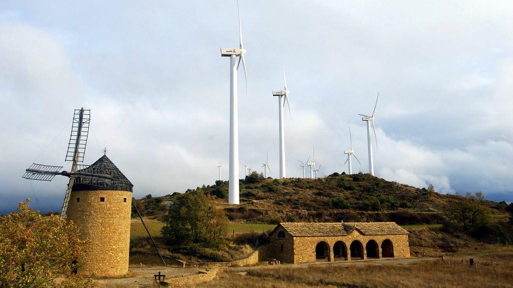 Parque eólico de Guerinda - Turismo en Navarra